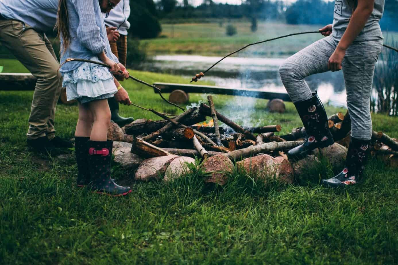 Five Fun Outdoor Activities For Kids Re All Things Mom